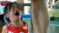 Rùng rợn cảnh hàng nghìn em nhỏ Trung Quốc bị cưỡng ép tập thể thao