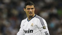 """""""Còn lâu mới có chuyện Ronaldo rời Real"""""""