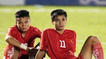 Chùm ảnh: 'Vỡ' sân Pleiku, U21 Việt Nam thua đau