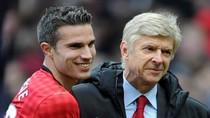Van Persie tỏa sáng, thêm một lần khóe mắt Wenger cay cay