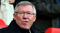Chelsea tố Alex Ferguson là 'kẻ đạo đức giả'