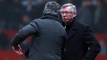 Mourinho đã 'thì thầm' gì với Sir Alex sau khi Nani lĩnh thẻ đỏ?