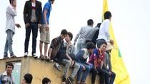 Cổ động viên xứ Nghệ tiếp tục 'công thành chiến' xem SLNA