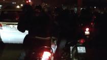 Clip: Dàn cảnh móc túi trắng trợn người dừng chờ đèn đỏ ở Hà Nội