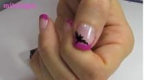 Nhấn nhá họa tiết Halloween trên móng tay xinh của bạn