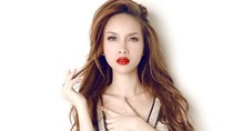 """Yến Trang: Tân """"nữ hoàng sexy"""" của Vbiz?"""