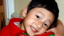 Con trai Jennifer Phạm đón Giáng sinh xa mẹ