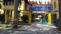 Trường trung học Trưng Vương trả lại 1 phần tiền học hè cho học sinh