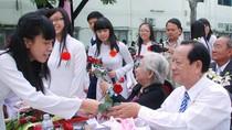 Những chuyện lượm nhặt trong buổi dự lễ kỉ niệm 20/11