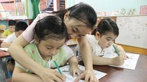 Học thêm ngay từ mẫu giáo, liệu có thể làm khác được không?