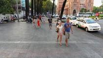 Thể chế với kinh tế vỉa hè và trật tự đô thị
