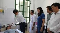 Thứ trưởng Bộ Y tế Nguyễn Thanh Long kiểm tra phòng chống dịch tại Nam Định