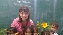 Những bông hoa núi rừng - món quà hạnh phúc của cô giáo vùng cao