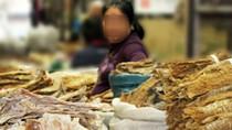Trữ hàng tấn lưu huỳnh để ướp măng khô trước khi đem bán