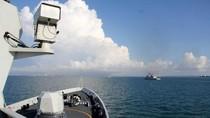 """Trung Quốc đem tàu hộ vệ Ngọc Lâm đến """"khoe vũ lực"""" ở Singapore"""