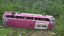 Vụ lật xe làm 38 người thương vong: Kinh hoàng phút giây sinh tử
