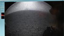 Bức ảnh đầu tiên của tàu thăm dò sao Hỏa Curiosity