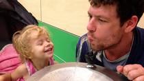 Vì quá thương, cha đối mặt với án tù vì dùng cần sa giảm đau cho con gái