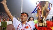 Chàng 'hai lúa' hay chiến binh thầm lặng của bóng đá Việt Nam