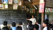 """""""Không nên coi sách giáo khoa là trọng tâm đổi mới giáo dục"""""""