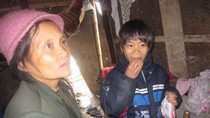 Bà mẹ 40 tuổi có 13 con kể về gia cảnh tan nát ở Hà Nội