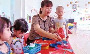 Cô Oanh, mẹ hiền của đàn con trẻ