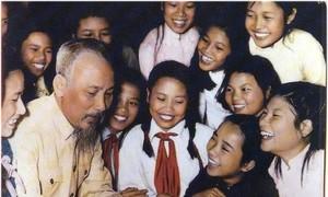 Triết lý giáo dục trong năm điều Bác Hồ dạy