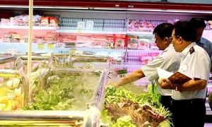 Tăng cường bảo đảm an toàn thực phẩm dịp Tết Đinh Dậu