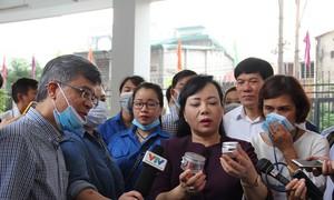 Bộ trưởng Y tế kiểm tra chống sốt xuất huyết, chấn an người dân