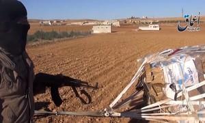 Video: IS khoe sở hữu vũ khí Mỹ hỗ trợ người Kurd ở Kobani