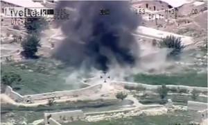 Cảnh phiến quân Taliban nấp trong bụi cây bị tên lửa Mỹ tiêu diệt