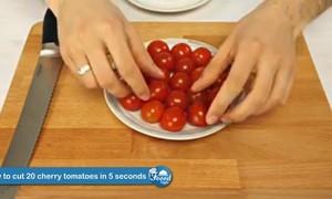 Hướng dẫn cách cắt cà chua siêu nhanh