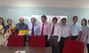 Trường Đại học Hoa Sen chính thức bàn giao giữa Hội đồng quản trị cũ và mới