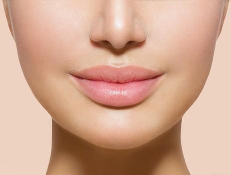 Lời khuyên về cách chăm sóc đôi môi của bạn