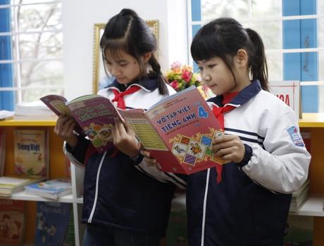 Vẫn còn ý kiến rất khác nhau về chương trình giáo dục phổ thông, sách giáo khoa