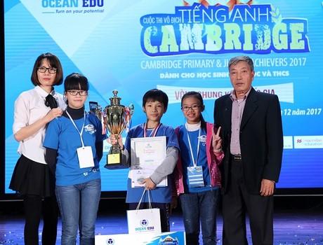Hoàng Anh Tuấn là quán quân Cambridge Primary & Junior Achievers 2017