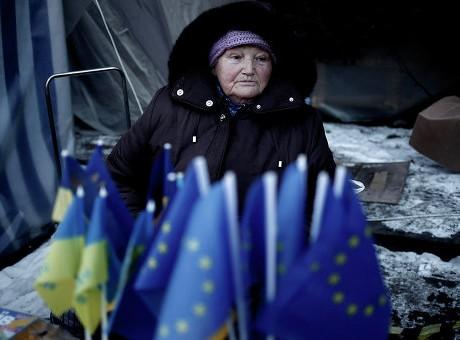 Wall Street Journal: EU không muốn thực hiện lời hứa với Đông Âu