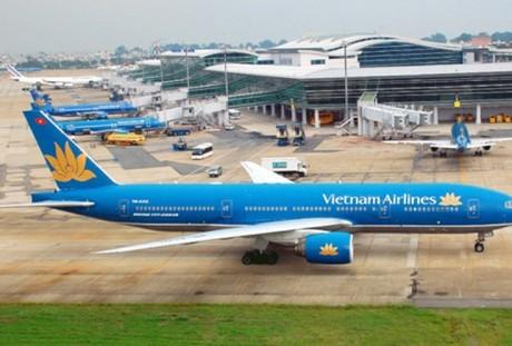 Cần tầm nhìn chiến lược để giải quyết ùn tắc sân bay Tân Sơn Nhất
