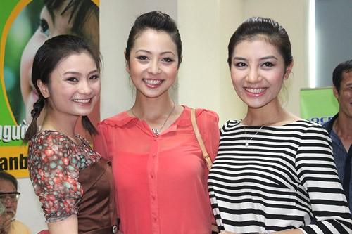 Ba người đẹp Diệu Hương, Jennifer và Hương Giang rạng rỡ trước ống kính sau thời gian ngắn
