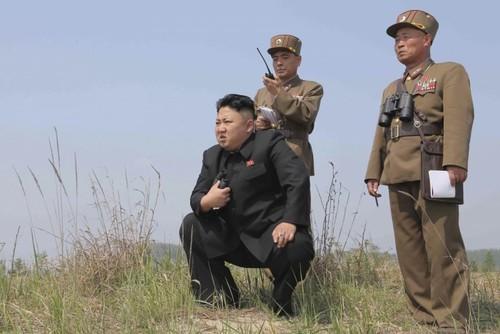 Kim Jong-un: Thay 80% sỹ quan quân đội bụng to Triều Tiên