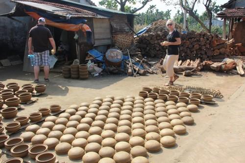 Image result for làng gốm thanh hà