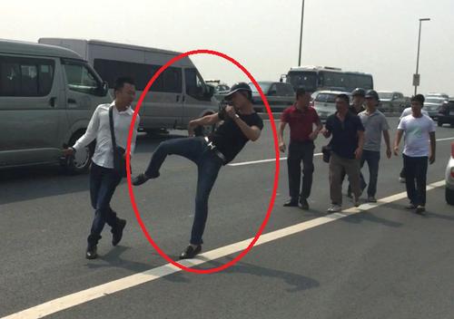 Công an Hà Nội kết luận vụ xô xát nhà báo-công an trên cầu Nhật Tân