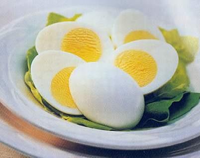 Những người không nên ăn trứng