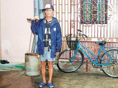 Gia đình 37 năm đổi nước lấy cơm, Tin tức trong ngày, doi nuoc lay com, nghe ganh nuoc, nghe phu nuoc, nguoi tam than, hoi an, gieng co, bao, tin tuc, tin hot, tin hay, vn