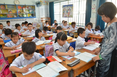 Vì sao hơn 95% giáo viên vẫn than phiền về Thông tư 30?