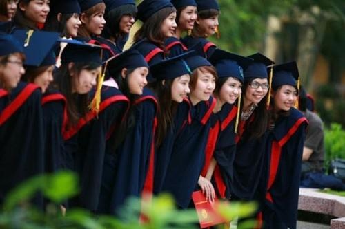 Giáo dục là thị trường của niềm tin, nên không vì lợi nhuận