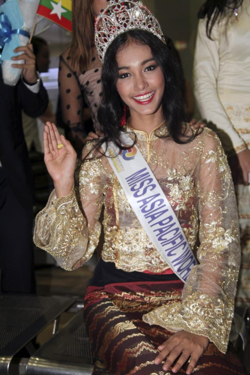 Hoa hậu Châu Á Thái Bình Dương 2014 bỏ trốn với vương miện 4 tỷ