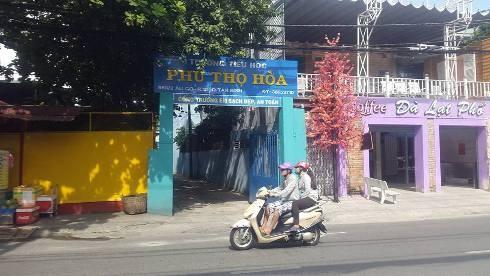 Trường tiểu học Phú Thọ Hòa xác nhận cô giáo lớp 5 có dạy thêm ở nhà