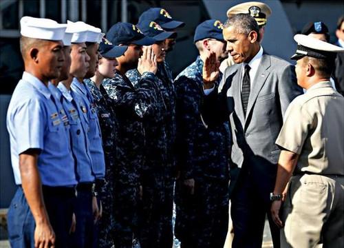Obama17_11_15Manilatham_tau_BRP_Gregorio