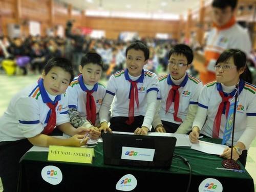 Học sinh Hà Nội tranh tài trên sân chơi trí tuệ
